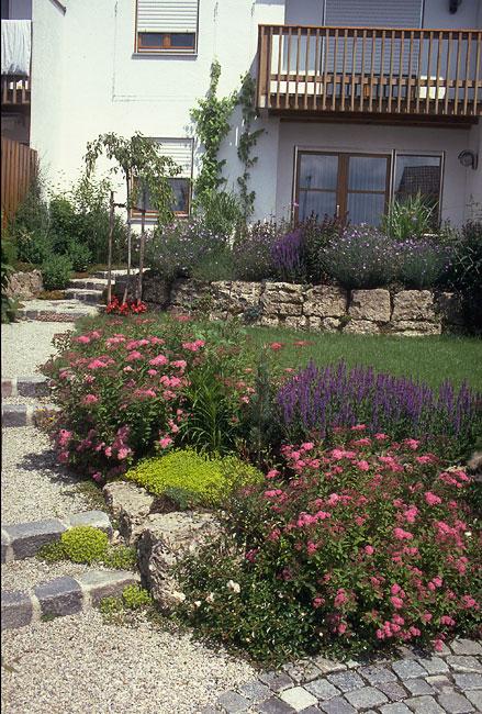 Gartengestaltung kleine grundst cke for Gartengestaltung 400 qm